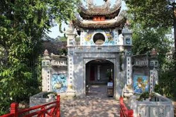 Culinary Tour Across Vietnam
