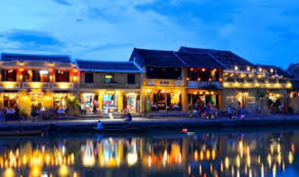 Honeymoon In Hoi An